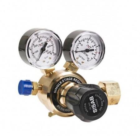 Gassregulatorer og tilbehør